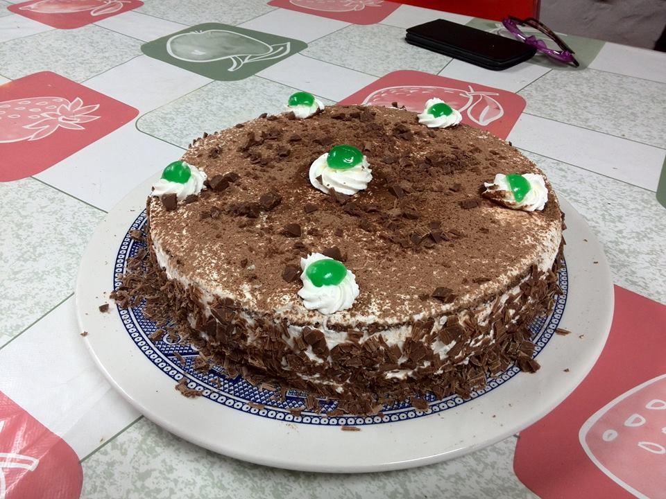 tarta de chocolate en el microondas fácil de hacer
