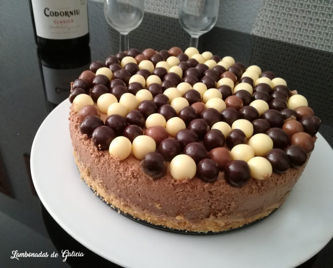tarta-mousse-de-chocolate-con-leche