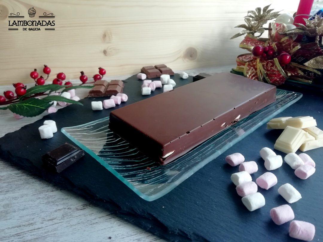 turrón de chocolate y nubes
