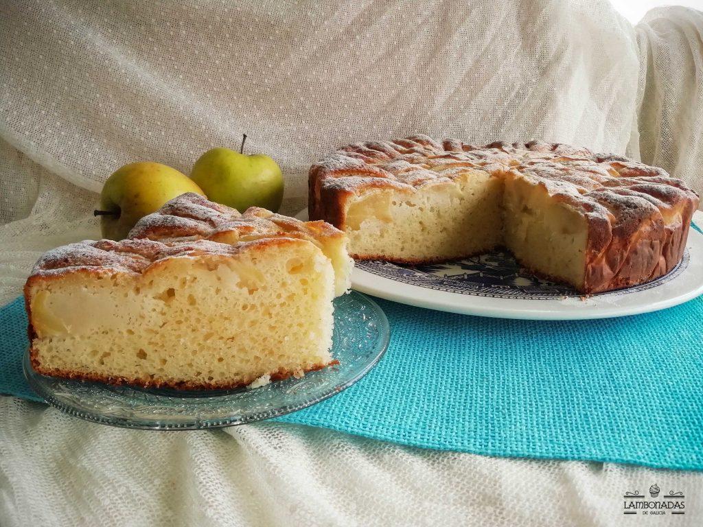 pastel de manzana jugoso